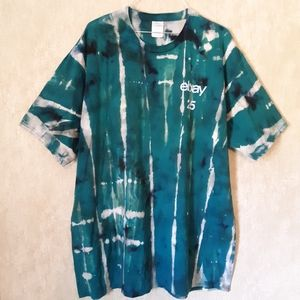 Teal and black tie dyed bleached t shirt size 2XL